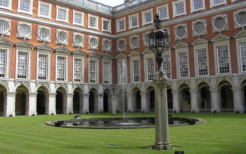 Hampton Court VIII. Henrik szárny, London, Anglia