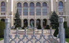 Budapest,Vigadó főhomlokzata