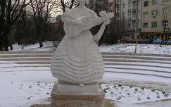 Déryné szobra a Horváth kertben, Budapesten