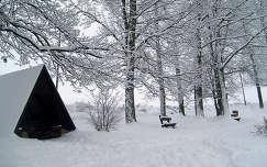 ház pad tél faház