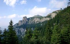 A Csalhó sziklái, Kárpátok, Erdély.