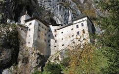 kövek és sziklák alpok szlovénia predjama vár várak és kastélyok