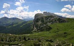 Passo Falzarego, Dolomitok, Olaszország.