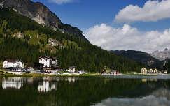Misurina-tó, Dolomitok, Olaszország.