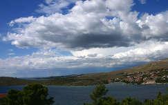 Felhők az Adria fölött, Horvátország.