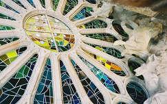 Sagrada familia ablaka, Spanyolország