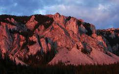 Erdély - a Hagymás sziklái naplemente fényében