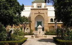 Marokkó-Casablanca a Prefektórium udvara