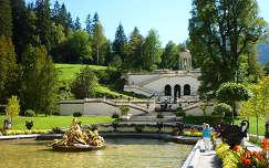 Linderhof kastély parkja Németország