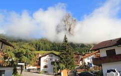 Sassongher hegye a fehok kozott, Olaszorszag