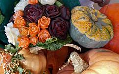 konyhakerti növényekből készült virágok