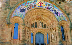 Barcelona, Tibidabo Church entree
