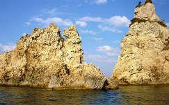 Sziklás part, Korfu, Görögország