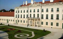 Magyarország, Fertőd, Esterházy-kastély, kilátás a kastélyból