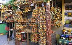 Budapest,Karácsonyi vásár a Vörösmarthy téren