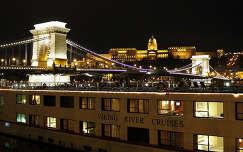 Magyarország, Budapest, Lánchíd, Budavári Palota