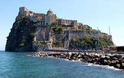 Olaszország,Ischia,vár