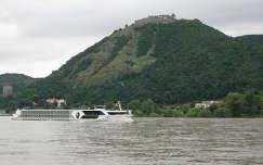 Nagymaros-Visegrád hajó
