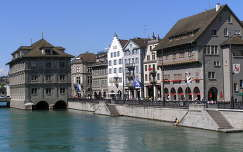 Zürichi városháza a folyón,Svájc