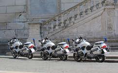 római rendőrmocik
