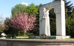 Miskolc, Szent István szobra