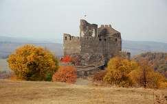 Hollókői vár ősszel