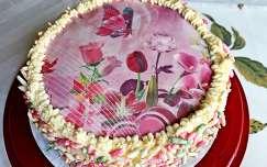 házi tejszínes torta, zizi díszítéssel (Évitől Esztusnak)