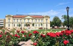 Magyarország, Szolnok, Verseghy Park