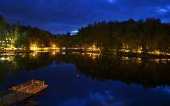 stég és moló románia tó medve-tó szováta kék óra erdély
