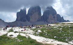 A Drei Zinnen. Dolomitok, Olaszország.