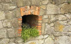 ablak az egri várban