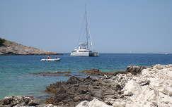 Hajó a kék Adrián, Horvátország