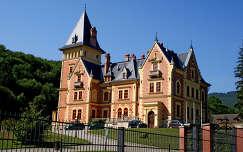 Parádsasvár-kastély szálló