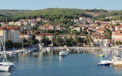 Horvátország, Supetar kikötő