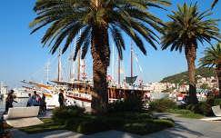 Horvátország, Split : a Diocletianus palota elótti yacht kikötő