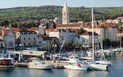 Horvátország - Brac : Supetari kikötő