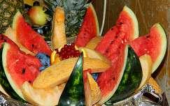 nyár gyümölcs dinnye