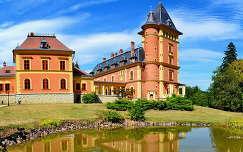 Parádsasvári kastélyhotel, Magyarország