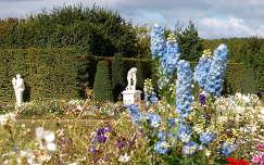 a Versailles-i katély kertje
