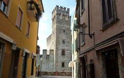 Sirmione Scaligari kastély  Olaszország
