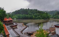 Medve-tó, Románia