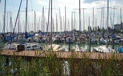 Balatonkenese, kikötő