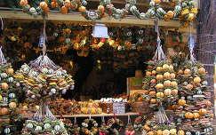 Karácsonyi narancsillat Budapesten