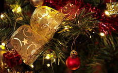 Karácsonyfa díszek...