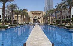 út dubai felhőkarcoló medence pálma burj khalifa