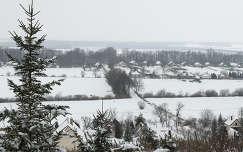 Hóval borított Kajárpéc