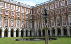 Hampton Court VIII. Henrik szárny, London, Anglia