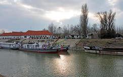 Baja, hajókikötő