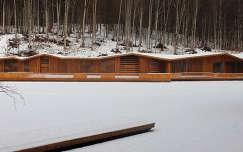 Tivoli-tó téli ruhájában.