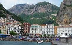 Amalfi kikötője, Olaszország